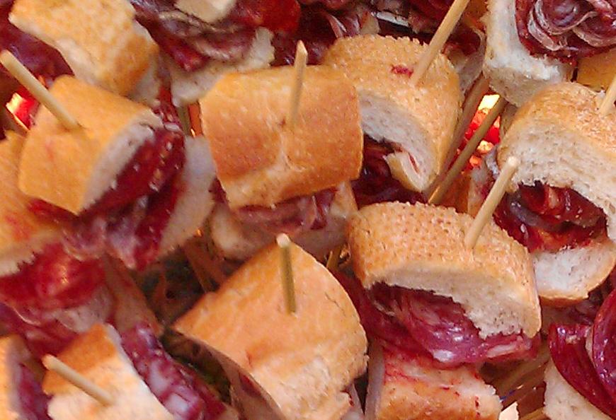 Recepta: Broquetes de llonganissa i xoriço Gla