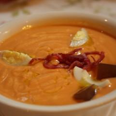 Salmorejo la sopa freda per dies calorosos